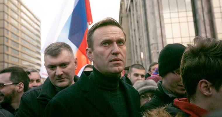 Навальный назвал ветерана холуем