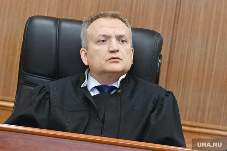 Суд по Александрову, уктусскому стрелку. Необр