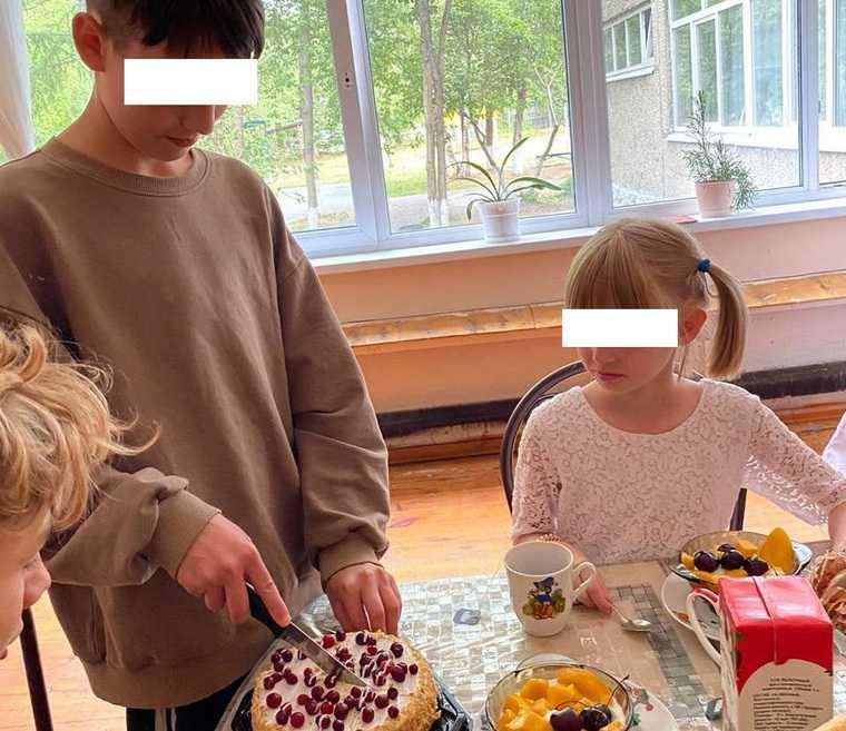 В Екатеринбурге у матери забрали двоих детей за бардак в квартире