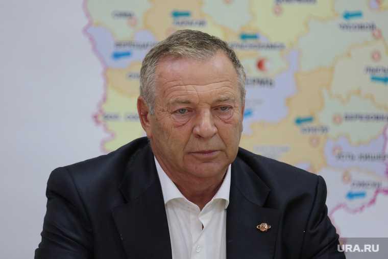 Кандидат в губернаторы Пермского края Александр Репин на пресс-конференции. Пермь