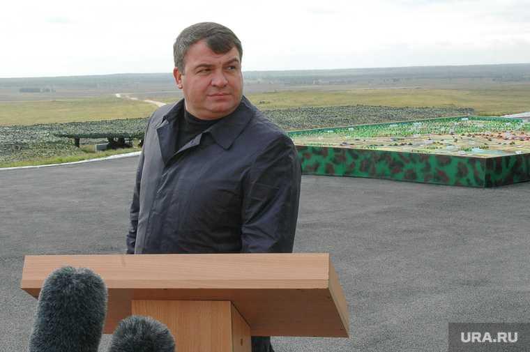 Сергей Чемезов уходит покидает пост кто заменит Анатолий Сердюков Владимир Путин