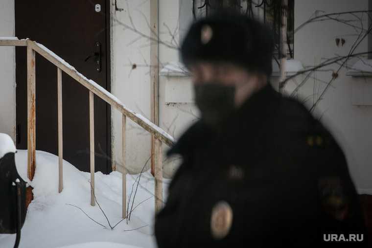 сиделка перерезала горло пенсионерке Москва