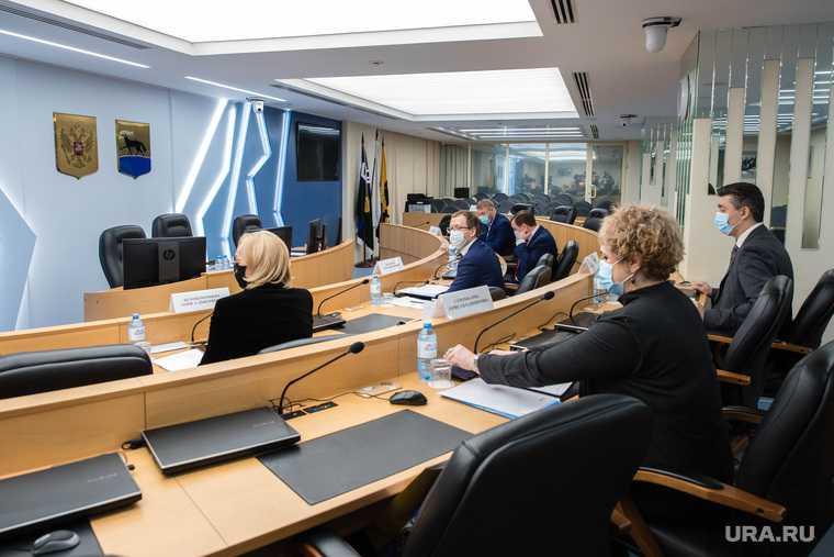 Выборы мэра Сургута конкурсная комиссия председатель Кириленко