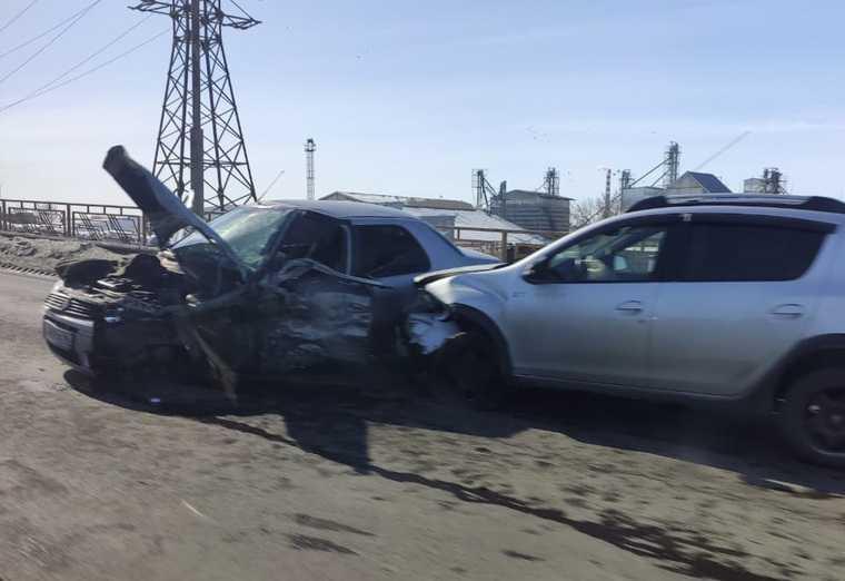Массовая авария на мосту в Кургане. Движение парализовано