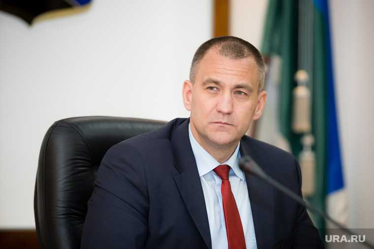 Глава Сургутского района Трубецкой прием на работу помощник скандальное прошлое