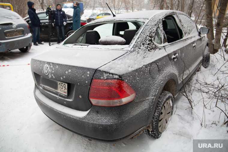 машину обстреляли на трассе