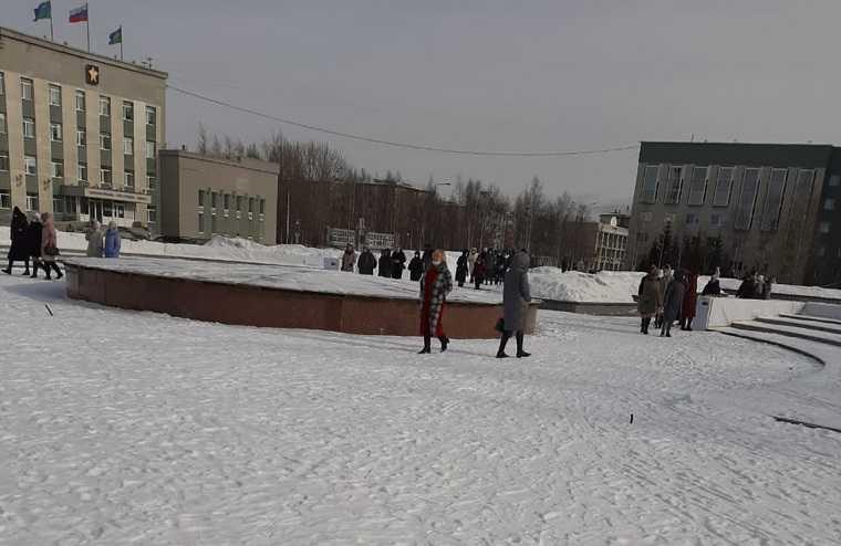 Мэрию Сургута эвакуировали. Фото