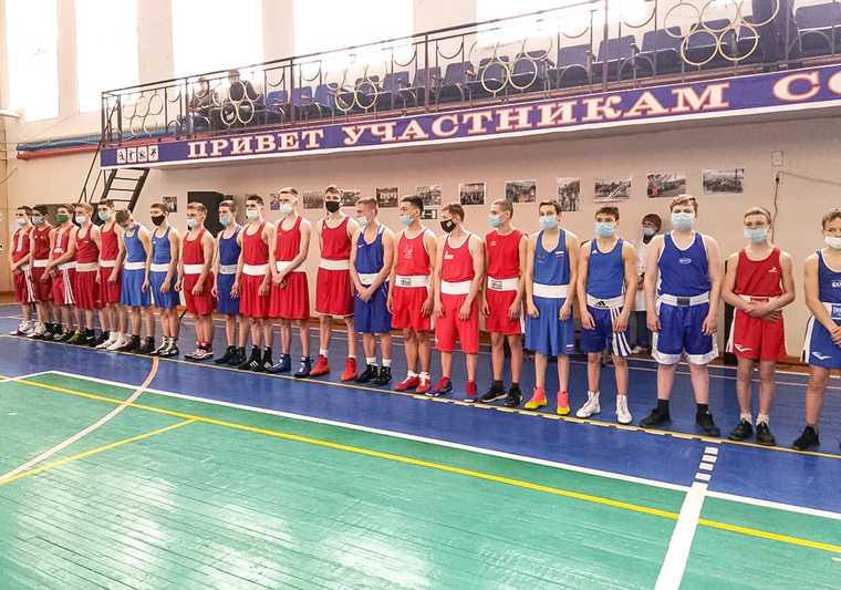 Боксеры напомнили Уралу о подвиге советского героя. Этой традиции уже 13 лет