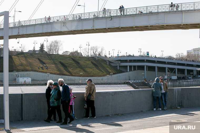 екатеринбург екад ганина яма рухнул мост пешеходный переход надземный