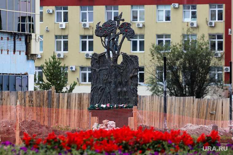 подрядчик СМУ-18 Екатеринбург губернатор Комарова замглавы города Абрамова ХМАО