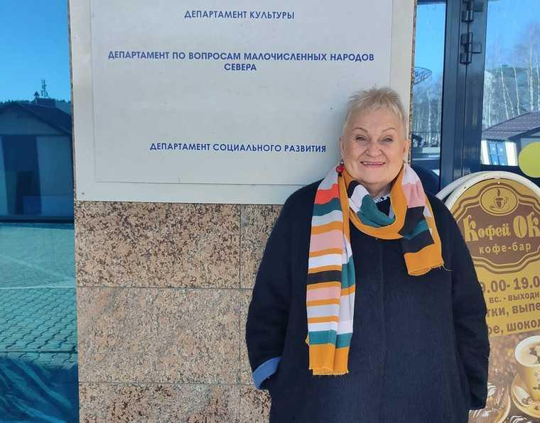 Коррупционный скандал Тамара Лычкатая возвращение на пост директора сургутский музыкально-драматический театр