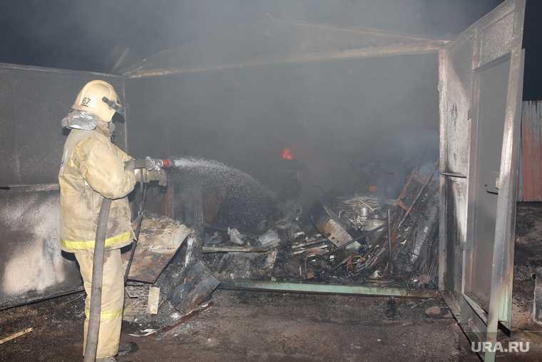 пожар Чусовской тракт Екатеринбург сгорело 12 домов