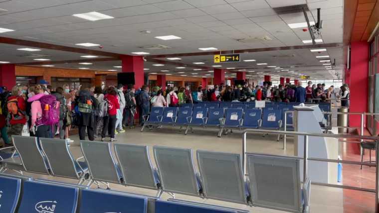 Челябинская область Гималаи коронавирус отмена авиасообщения Непал аэропорт туристы Эверест