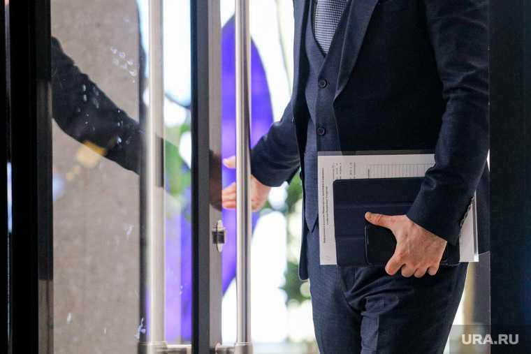 уголовное дело Астрахань превышение должностных полномочий ХМАО Андрей Трубецкой Антон Боровихин